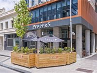 Exterior - Peppers Kings Square Hotel