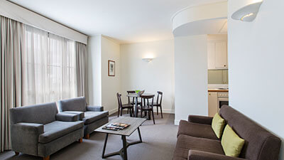 Long Stay Accommodation Melbourne - Mantra on Joli