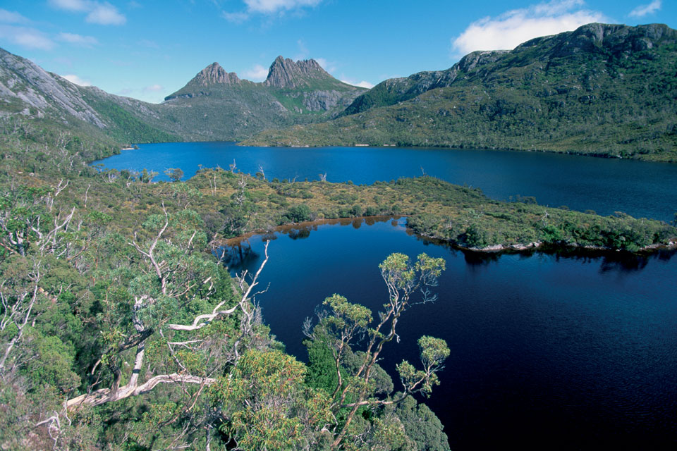 Explore National Parks Cradle Mountain
