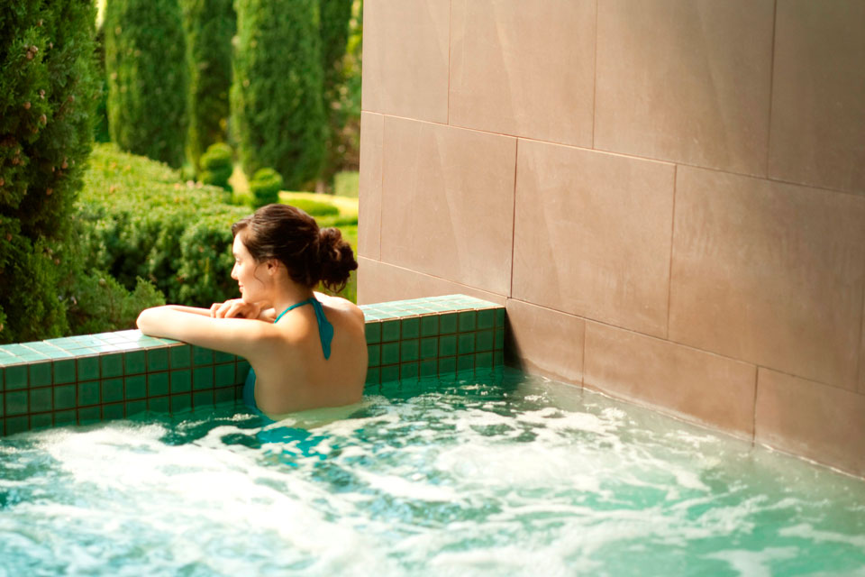 Luxurious Mineral Spa in Daylesford